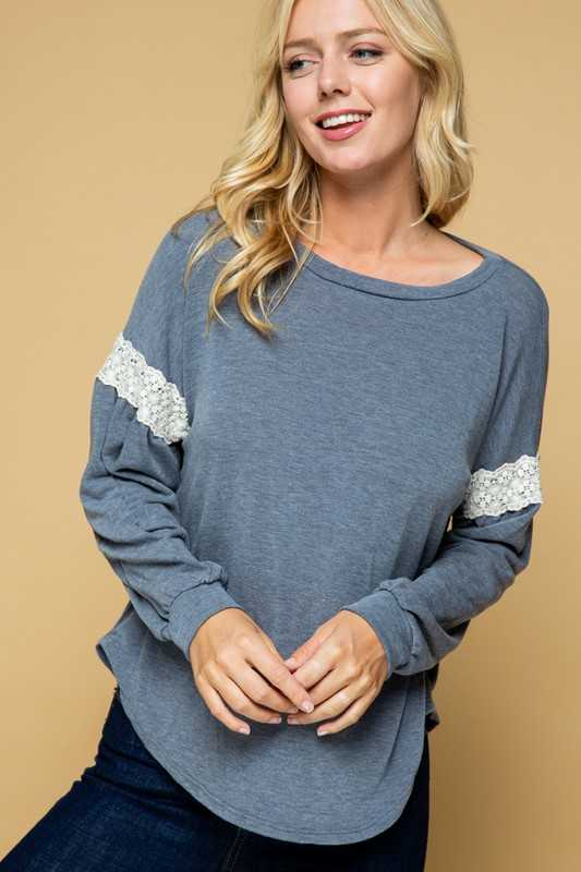 LACE DETAIL SLEEVE KNIT TUNIC TOP